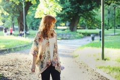 veste-kimono-femme-motif-floral-debardeur
