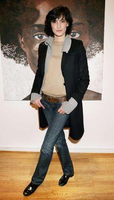 Risultati immagini per uniqlo 2014 ines de la fressange Carla Bruni, Winter Chic, Fall Chic, French Women Style, French Chic, Parisienne Chic, French Fashion, Look Fashion, Fall Winter Outfits