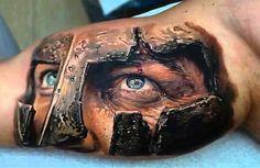 .  . 3D Tattoos sind zur Zeit der absolute Renner. Nach kaum einer anderen Motivkategorie wird so oft gefragt, wie nach diesen hyper-realistischen Tätowierungen. Oft sind es Tiere, wie beispielsweise Skorpione oder Spinnen, die extrem realitätsnah auf die Haut gebracht werden. Biomechanische Motiv…