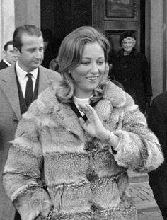 July 2: Prince Albert of Belgium marries Italian Donna Paola Ruffo di Calabria