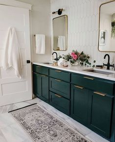 Loving this emerald green vanity from ! Bad Inspiration, Bathroom Inspiration, Bathroom Renos, Small Bathroom, Bathroom Ideas, Bathroom Cabinets, Master Bathroom, Lavabo Design, Green Kitchen Cabinets