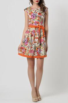 оранжевое расклешенное короткое платье без рукавов Summer Dresses, Fashion, Summer Sundresses, Moda, Sundresses, Fashion Styles, Fashion Illustrations, Summer Outfits