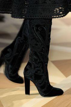femmes en cuissardes noires 154 sur http://ift.tt/1QZi6zn