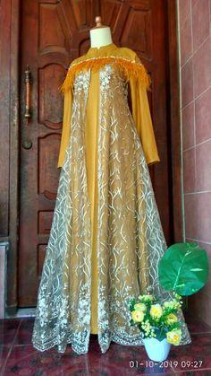 Hijab Dress, Dress Up, Muslim Gown, Fashion Pants, Fashion Dresses, Dress Pesta, Hijab Fashion Inspiration, Mom Style, Clothing Patterns