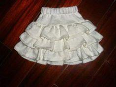Girls and baby winter knit skirt models Knitting Dolls Clothes, Knitted Baby Clothes, Knitted Dolls, Baby Knitting Patterns, Knitting For Kids, Crochet Jacket, Knit Skirt, Crochet Waffle Stitch, Baby Skirt