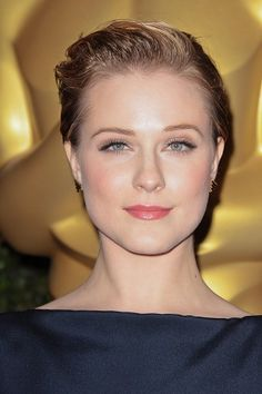 Super Short Chic Hairstyles for Women-Evan Rachel Wood Very Short Hair, Short Hair Cuts For Women, Short Hairstyles For Women, Short Hair Styles, Short Haircuts, Chic Hairstyles, Celebrity Hairstyles, Curled Hairstyles, Chic Haircut