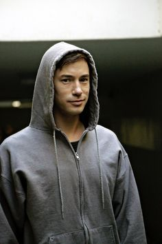 TWEET #DOMINION and enjoy MOUTH OF THE DAMNED EP 202 NOW on SyFy!     Oh, and angels love hoodies.