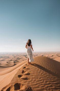Dubai Reiseführer – Sunday Chapter – Join the world of pin Places To Travel, Travel Destinations, Places To Visit, Vacation Places, Holiday Destinations, Dubai Travel Guide, Dubai Desert, Dubai Beach, Travel Tags