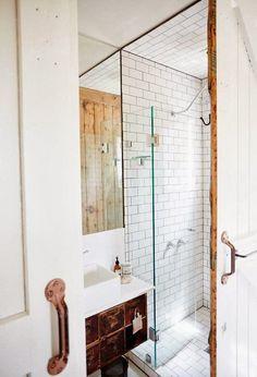 Amazing #bathroom idea http://RedesignBathroom.com/?p=22