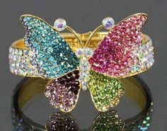 This Beautiful butterfly ring is to die for! Butterfly Ring, Butterfly Jewelry, Butterfly Bracelet, I Love Jewelry, Fine Jewelry, Unique Jewelry, Handmade Jewelry, Summer Jewelry, Jewelry Crafts