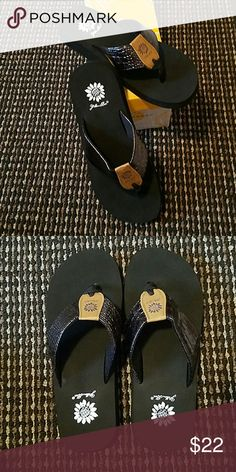 78c1c2e51f47 New in Box Yellow Box Rosalyn Flip flops. Color is Pewter Yellow Box Shoes  Sandals