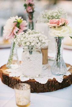 27 Best ideas for tree stump ideas decor wood slices wedding centerpieces Rustic Wedding Colors, Woodsy Wedding, Rustic Wedding Signs, Tree Wedding, Wedding Ideas, Wedding Stuff, Wedding Inspiration, Wood Slice Centerpiece, Rustic Wedding Centerpieces