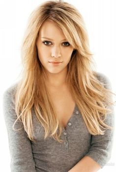 Hilary Duff - Long Layered Haircuts With Side Swept Bangs For Straight Hair Pretty Hairstyles, Wig Hairstyles, Celebrity Hairstyles, Hairstyles With Side Bangs, Layered Hairstyles, Style Hairstyle, Updo Hairstyle, Popular Hairstyles, Hairstyle Ideas