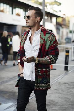 Cardigan outfit for men – Your outfit should agree with your personality. It is essential that you're comfortable and you may carry your outfit with confidence. It can be difficult to go for an outfit if you don't understand where he's… Continue Reading → Indie Fashion Men, Fall Fashion Outfits, Boho Fashion, Autumn Fashion, Fashion Blogs, Womens Fashion, Moda Hipster, Hipster Men Style, Boho Style Men