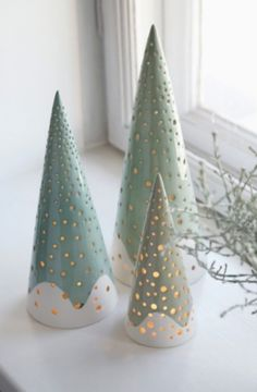 30 Most Beautiful Ceramic Christmas Trees Ceramics came into vogue in the when women would buy animal shaped pencil holders and fruit or vegetable shaped casseroles to beautify their house. It was in the same decade, ceramic Christmas trees came into Christmas Clay, All Things Christmas, Christmas Ornaments, Xmas, Christmas Lights, Christmas Movies, Christmas Tree Crafts, Christmas Christmas, Christmas Stockings