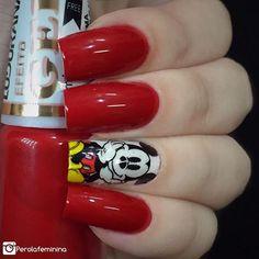❤️Unhas do Mickey de hoje ❤️ Usando esmalte da @ludurana: Obra Prima  Película da parceira: @dellartepeliculas •Compras pelo site: 💻www.dellartepeliculas.com.br •Frete Fixo: R$5,00 para todo o Brasil •Compras acima de R$30,00 frete grátis  10% de desconto usando o cupom 🌸PEROLAFEMININA🌸  #blogger #bloggers #fashion #fashionbloggers #nails #nailpolish #nails2inspire #deesmalte #dicasdeunhasbr #viciadaemvidrinhos #esmalte #esmaltes #esmaltedasemana #esmaltedodia #unha #unhas #unhasdecoradas…