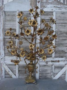 FABULOUS ~ I have two of these in my foyer !!
