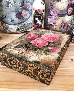 Mixed media decoupage Decoupage Furniture, Decoupage Art, Decoupage Vintage, Cigar Box Crafts, Altered Cigar Boxes, Vintage Box, Home And Deco, Box Art, Painting On Wood