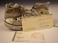 Kurt Cobain's Checkbook, Converse Shoes – Rock Music Kurt Cobain Photos, Nirvana Kurt Cobain, All Star, Peek A Poo, Foo Fighters, Retro Aesthetic, Converse Sneakers, Rock Music, My People