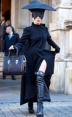Happy Halloween! Lady Gaga is killing it in her witch costume :)