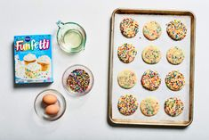 All of your favorites — from gooey butter cookies to chocolate crinkle cookies — and they only need four ingredients each. Lemon Crinkle Cookies, Gooey Butter Cookies, Chocolate Crinkle Cookies, Chocolate Crinkles, Chocolate Cake Mixes, White Chocolate Chips, Funfetti Cookie Recipe, Cake Mix Cookie Recipes, Funfetti Cake