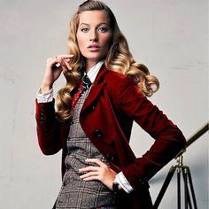 WEBSTA @ supermodelgisele - Editorials 2004 📷@gisele for @voguemagazine September 2004 by @craigmcdeanstudio#gisele #giselebündchen #giselebundchen #fashion #model #models #modeling #supermodel #queen #fashionicon #brazil #brazilian #victoriassecret #vsmodel #vsangel #highfashion #beauty #voguequeen #fashionqueen #editorial #vogue #voguemagazine #annawintour #menswear #craigmcdean