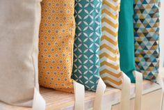 Tour de lit 6 coussins déhoussables, jaune moutarde et bleu : Linge de lit enfants par macocotte