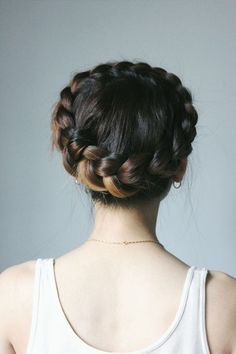 99 Lovely Crown Braid Hairstyles Ideas - New Site Box Braids Hairstyles, Pretty Hairstyles, Braided Crown Hairstyles, Hairstyle Ideas, Hairstyle Tutorials, Updo Hairstyle, Braided Updo, Bridal Hairstyle, Hairstyles Men
