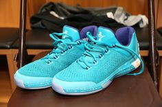 buy popular 5416b 7c2f8 Heres a look at Charlotte Hornets Adidas Crazylight Boost 2015 PE.