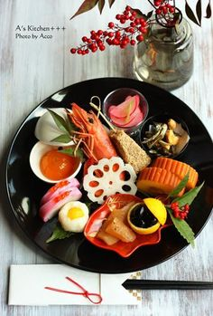 "Japanese traditional new year dish ""osechi"" New Year's Food, Love Food, Japanese Dishes, Japanese Food, Food Design, Sushi, Food Decoration, Mets, Teller"