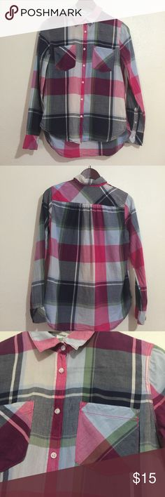 H&M LOGG blue pink plaid check button up 6 Excellent priced condition worn once! Bust measures 19in flat sleeves are 24in and the length is 28in in back! Any other questions please ask!! H&M Tops Button Down Shirts
