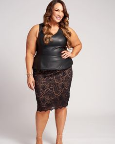 The gorgeous @niajaxwwe is our #WCW today, and everyday. 💪Find out why we love her by watching our latest style journey video, link in bio.