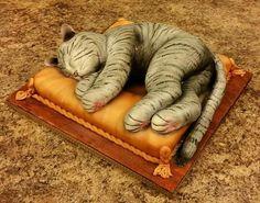 Cat Napping Cake Art ★ More on #cats - Get Ozzi Cat Magazine here >> http://OzziCat.com.au ★