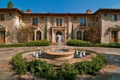 Magnificent Mediterranean Manor in Beverly Hills - Luxatic