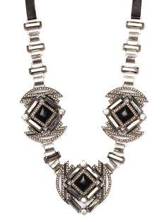 Glam Noir Necklace