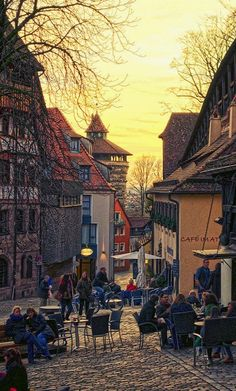 A normal winter afternoon in Nürnberg in the Bavarian region Wonderful Places, Great Places, Places To See, Beautiful Places, Visit Germany, Germany Travel, Beau Site, Romantic Places, Bavaria Germany