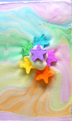 A NEW play recipe: Magic Foaming Stars. Add them to your shallow tray and watch as they shoot out rays of colored foam.