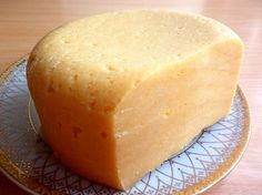 Domowy ser twardy... Cheese Recipes, Cooking Recipes, My Favorite Food, Favorite Recipes, Good Food, Yummy Food, Romanian Food, Homemade Cheese, Polish Recipes