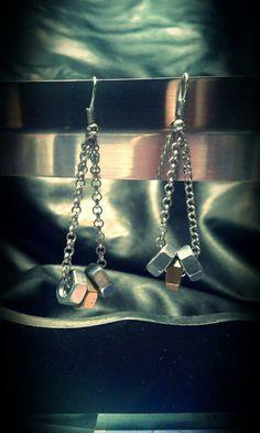 Guarda questo articolo nel mio negozio Etsy https://www.etsy.com/it/listing/387323434/bolts-earrings