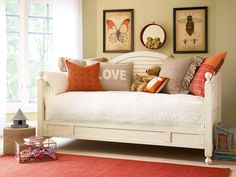 Paula Deenu0027s Galu0027s Collection Matches Innovation With Tradition For A  Bedroom Tailor Made For Any