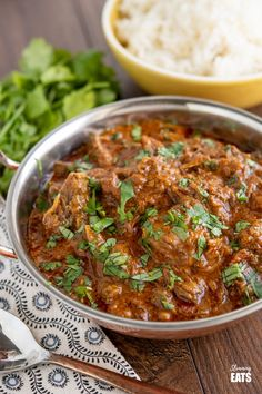 Instant Pot Lamb Bhuna (Bhuna Gosht) - tender fall apart pieces of lamb cooked in a delicious spicy onion tomato gravy. Slimming World and Weight Watchers friendly Lamb Recipes, Spicy Recipes, Curry Recipes, Cooker Recipes, Indian Food Recipes, Lamb Casserole Recipes, Sin Gluten, Beef Lasagne, Slimming Eats