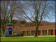 Sunset Motel #2  -  Tonganoxie, Kansas