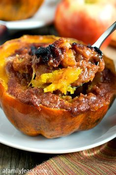 Looking for Fast & Easy Fall / Halloween Recipes, Side Dish Recipes, Vegetarian Recipes! Recipechart has over free recipes for you to browse. Find more recipes like Apple-Stuffed Acorn Squash. Side Dish Recipes, Vegetable Recipes, Vegetarian Recipes, Cooking Recipes, Healthy Recipes, Healthy Foods, Dishes Recipes, Ww Recipes, Thanksgiving Recipes