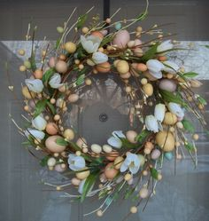 Easter Egg Berry Wreath.