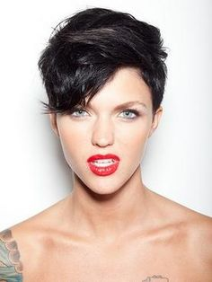 Short hair... I will do this one day! I will probably regret it, but I have to at least try it!