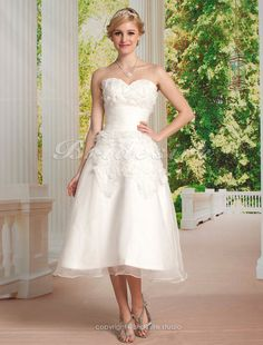 The Green Guide - A-line Organza Knee-length Sweetheart Wedding Dress [172461] - US$109.99 : The Green Guide