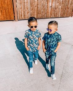 Picklez Ziggy Kids Glasses, Fashion Games, Tween, Little Ones, Sunglasses, Bridge, Mirror, Tops, Style