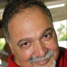 Por fora bela viola, por dentro pão bolorento | Eduardo Batbuta Escritor, Fotografo e Cinegrafista