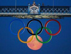 The right moment:moon Olympics