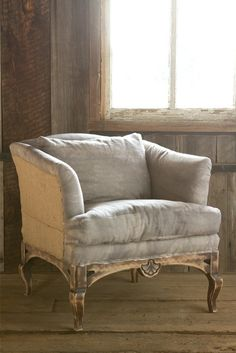 I am beyond in love with crushed velvet upholstery.